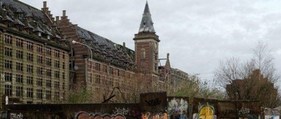Les Moulins de Paris avant rénovation